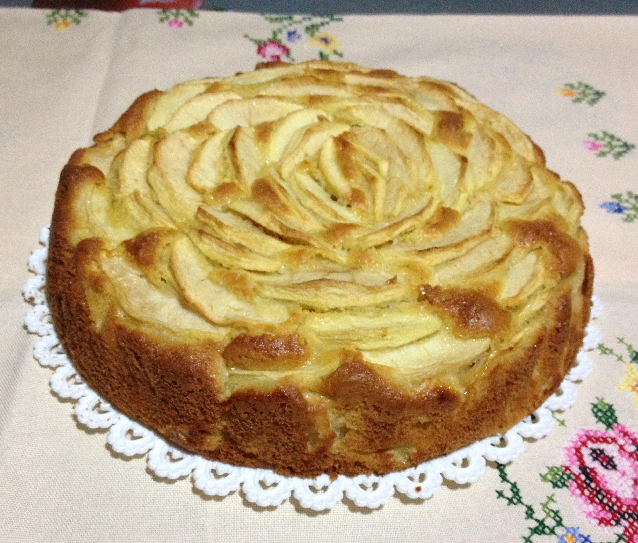 Ricetta Torta Di Mele Benedetta.Torta Petali Di Mele Senza Burro E Latte Una Pigra In Cucina